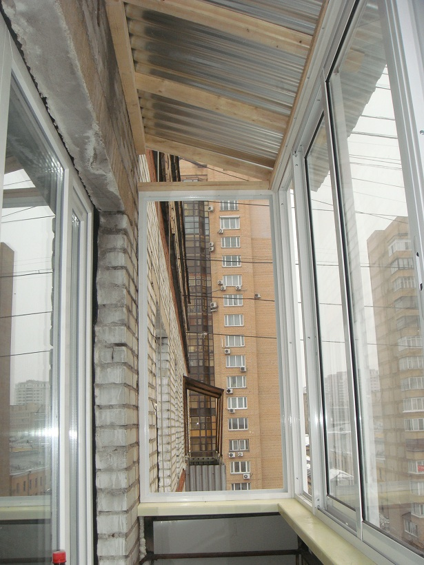 Модели крыши для остекленного балкона фото.